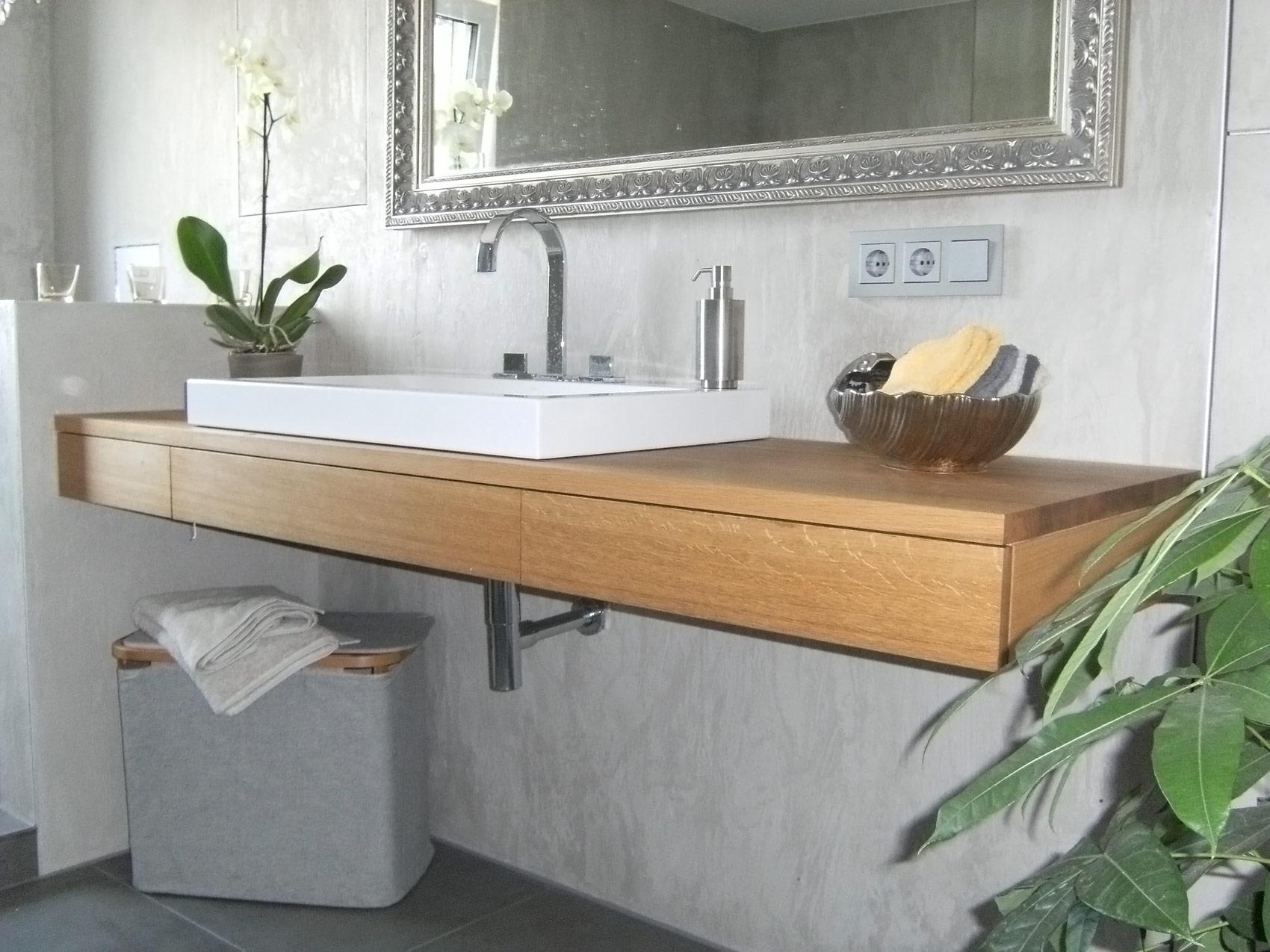 Waschtisch / Waschbecken